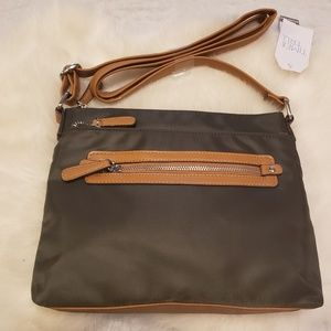 Nwt forest green crossbody bag time and tru